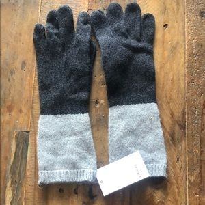 Vince cashmere two tone grey gloves one size NWT